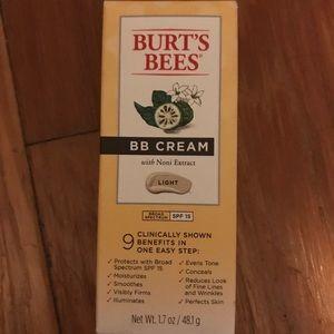 Burt's Bees BB cream in shade light with SPF 15